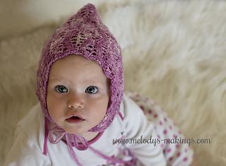Lacy_leaf_bonnet_crochet_pattern_2_small2