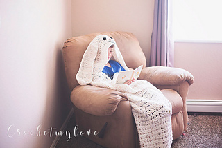Hooded easter bunny blanket pattern by Crochetmylove designs
