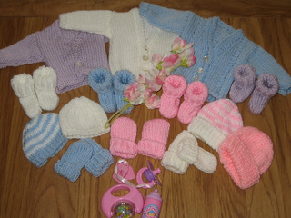 Ravelry Premature Baby Hat Cardigan Booties Mitts 2lb