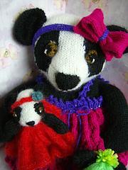 Panda_mum_and_grl_small