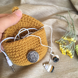 Earphone_pouch_small2