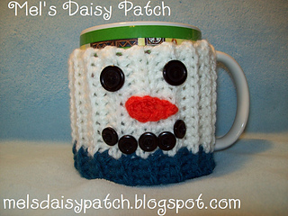 Snowman_mug_hug_w_button_face_small2