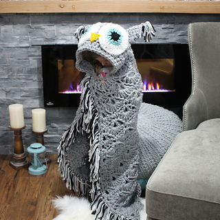 Hooded_owl_blanket_2_small2