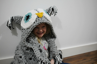 Hooded_owl_blanket_7_small2