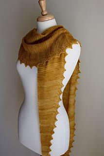 Jagged_triangular_scarf_side_small2