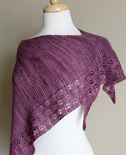Eyelet_chain_shawl_side_small2