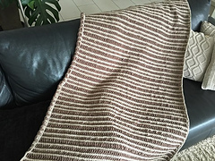 Blanket_brown_beige1_small