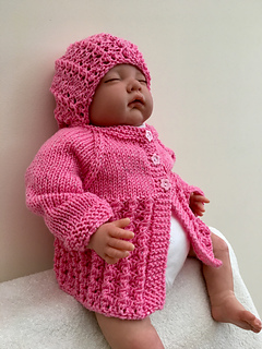 77a15992c1e Ravelry  Little Surprise Baby Jacket pattern by marianna mel
