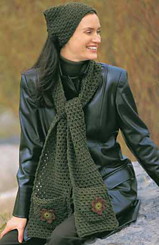 Applique Scarf Pattern By Patons Ravelry