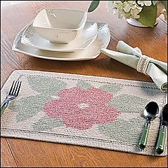 Hibiscus_place_mat_300_small