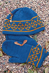 Andean_hat_mitts-233_small_best_fit