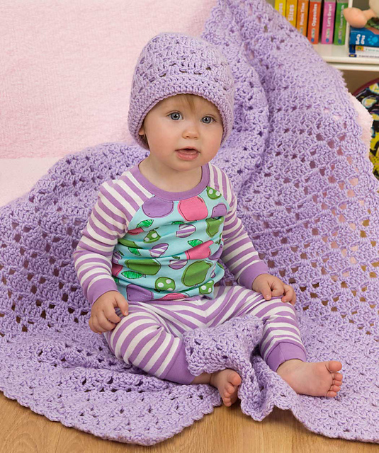 Ravelry: One Ball Baby Blanket and Hat pattern by Marianne Forrestal