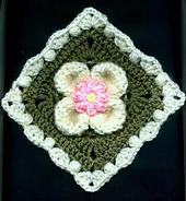 Petalpuffsmotif_flower_version_small_best_fit