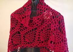 Raspberry_pineapple_crochet_triangular_shawl_small_best_fit