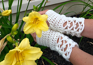 Sublime_serenity-hollie-hand_warmers_small2
