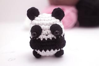 Amigurumi Octopus Mohu : Ravelry: pandas and bears amigurumi pattern pattern by mohu