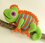 Camelia_the_chameleon_2_small_best_fit