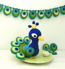 Square_peacock_small