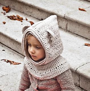 Free Crochet Pattern Bear Hood : Ravelry: Polar Bear Hooded Cowl pattern by Mon Petit Violon