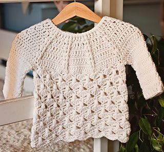 fee886eb0 Ravelry  Raindrops Sweater pattern by Mon Petit Violon