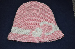 Sweetheart_beanie_small_best_fit
