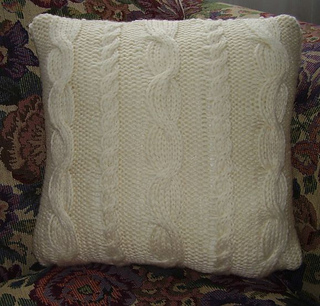 Cable_pillow-front_small2