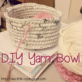 DIY #Plarn Yarn bowl pattern on #ravelry #Earthday #upcycle @fibreandfabrics craft blog