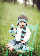 Coverbabyscarfhat_02_small