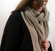 Delos-scarf-1_small_best_fit