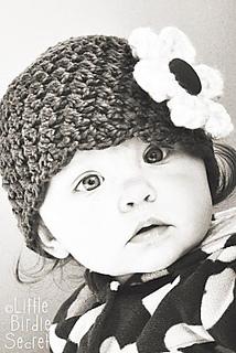 Baby_beanie_hat_crochet_pattern_flower_small2