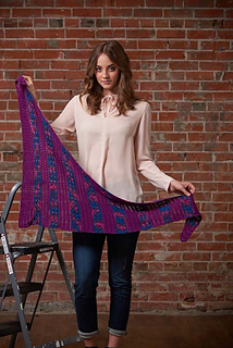 Crocus_pocus_shawl_open_small2
