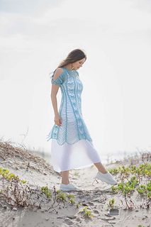 Zephyr-dress-at-beach_small2
