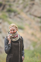 Blomma_cowl_small_best_fit