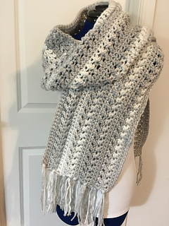 cddb20eaa3 Ravelry: Go with the Flow Super Scarf pattern by Kinga Erdem