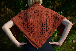 Square_lace_shawl_back_small_best_fit