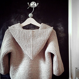 Naturkinder_hooded_sweater_02_small2