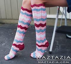 Crochet-knee-high-ripple-socks_small