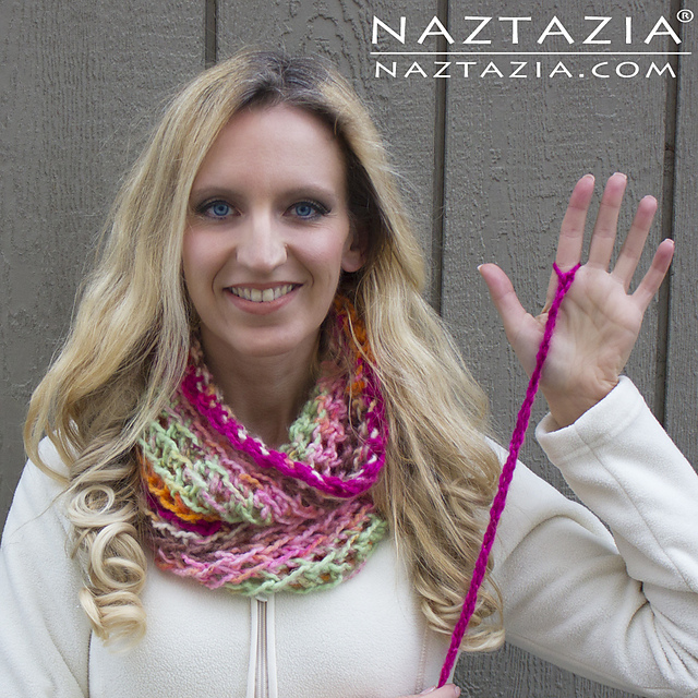 Ravelry: Finger Crochet Infinity Scarf pattern by Naztazia
