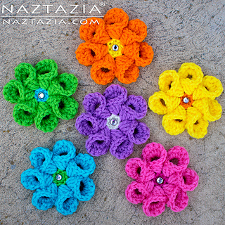 Crochet-bell-petal-flower-02_small2