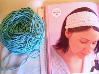Pattern_and_yarn_small2