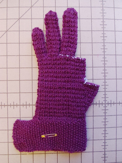 Glove_three_fingers_rs_small2