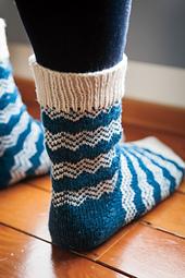 Endless_peaks_socks_10_small_best_fit