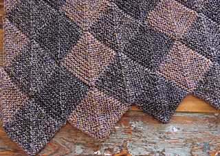 Domino_shawl_small2