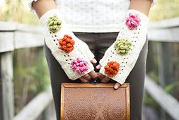 Garden_party_mitts_by_natalie_larson_4_small_best_fit