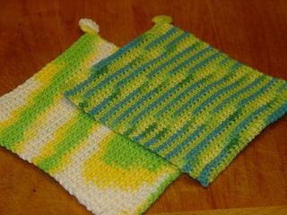 Crochet_doublethick_potholder_2011_004_small2