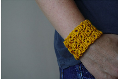 Ravelry Curry Cuff Pattern By Oomieknits