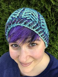 95cbd3f7820 Ravelry  Regal Brioche Hat pattern by Nona Davenport
