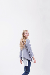 Flared_pullover_p262_small2
