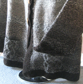 Pocket_and_cuff_detail_small2