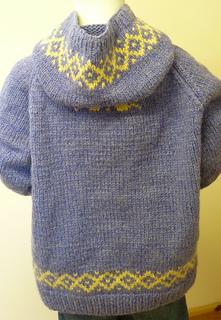 09_j_s_chunky_hoodies_small2